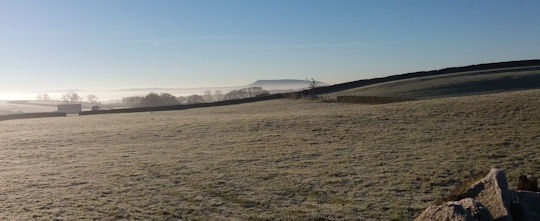 lp-winter-pendle-hill
