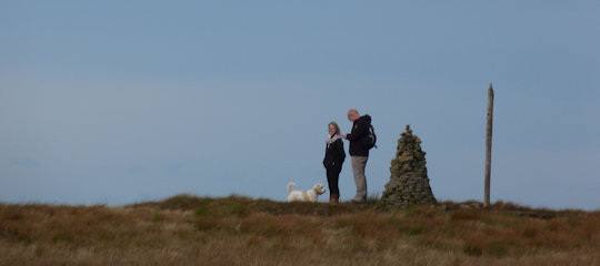 buckden-pike-people-on-summit