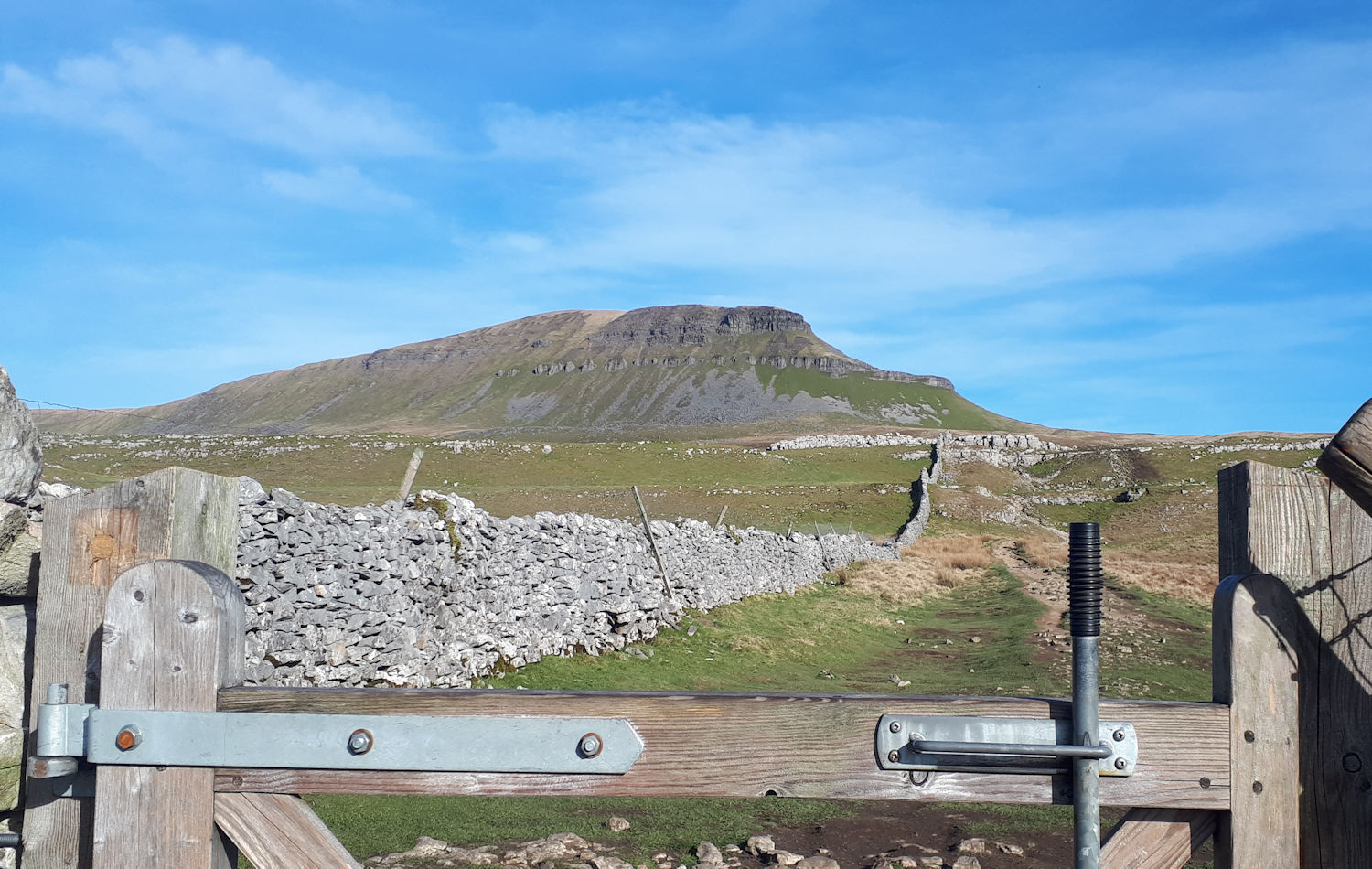 Pen-y-Ghent on the climb